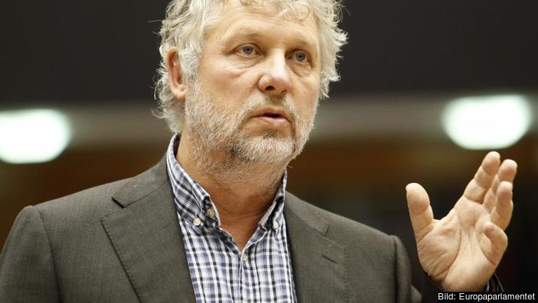 Miljöpartisten Peter Eriksson vädjar till britterna inför den kommande folkomröstningen att rösta nej till att lämna EU. Arkivbild.