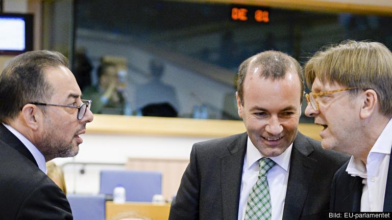 Partigruppsledarna i EU-parlamentet Gianni Pittella (S&D), Manfred Weber (EPP) och Guy Verhofstadt (Alde). Arkivbild.