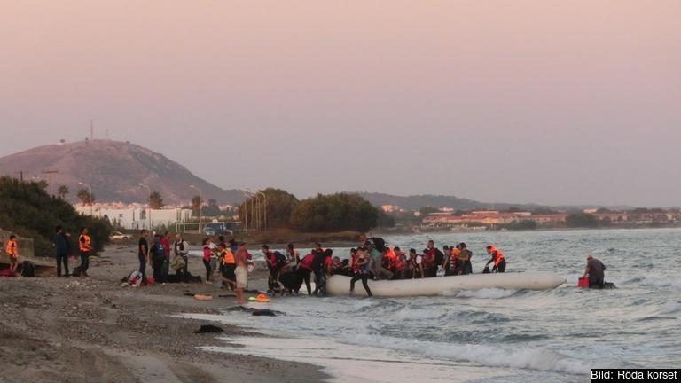 Flyktingar ankommer den grekiska ön Kos. Arkivbild.