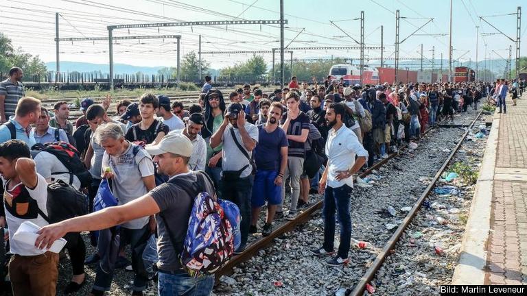 Migranter i grekiska Idomeni nära gränsen till Makedonien.