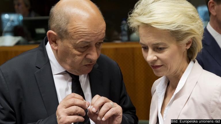 Frankrikes och Tysklands försvarsministrar Jean-Yves Le Drian och Ursula von der Leyen har tillsammans tagit fram förslaget. Arkivbild.