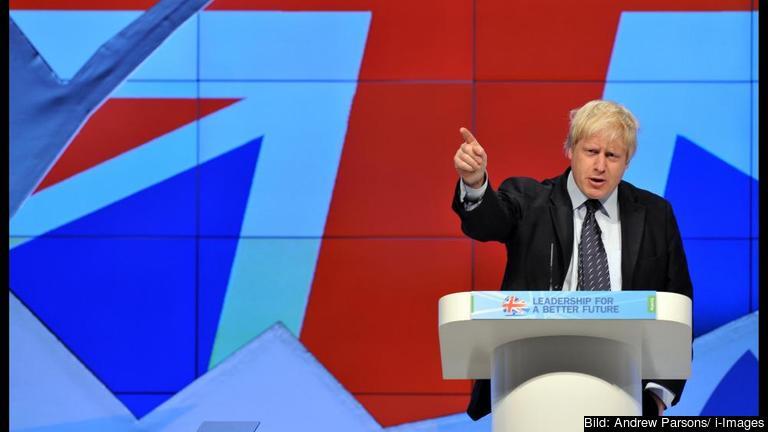 Storbritanniens utrikesminister Boris Johnson var inte helt säker på vilken sida han skulle ställa sig på. Arkivbild.
