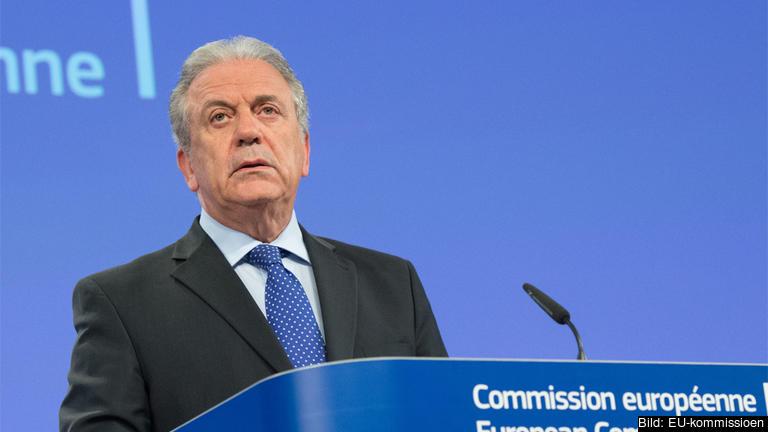 EU-kommissionär Dimitris Avramopoulos med ansvar för asylpolitik.