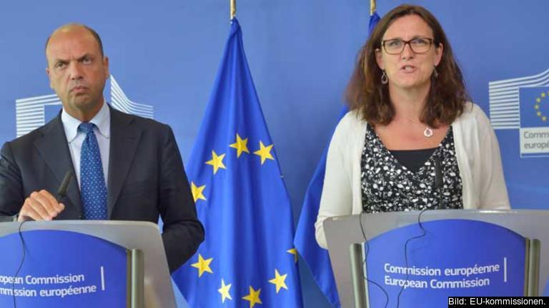 Itaiens inrikesminister Angelino Alfano och EU-kommissionär Cecilia Malmström.