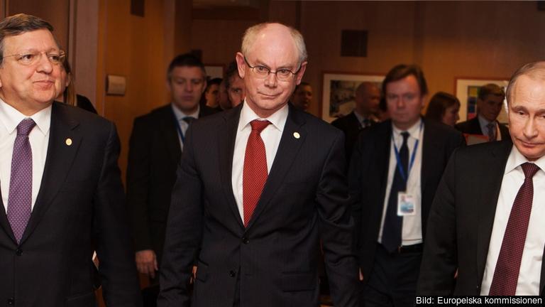 Europeiska rådets ordförande Herman Van Rompuy, EU-kommissionens ordförande och Rysslands president Vladimir Putin. Arkivbild.