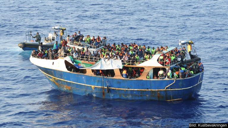 Färre än 40 procent av dem som fått sin asylansökan avslagen lämnade i fjol EU. Arkivbild.