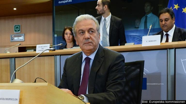 Dimitris Avramopoulos är tidigare grekisk försvarsminister