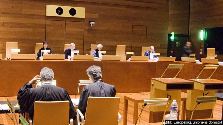 Förhandling i EU-domstolens tribunal. Arkivbild.