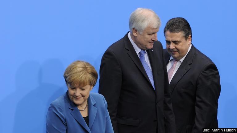 De tre partiledarna. CDU:s Angela Merkel, CSU:s Horst Seehofer och SPD:s Sigmar Gabriel. Arkivbild.