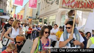Österrikisk demonstration mot genmanipulerade grödor.