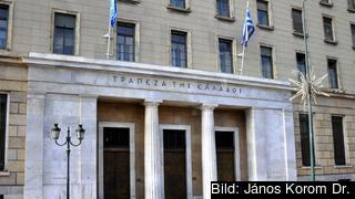 """Grekiska centralbanken varnar för """"okontrollerbar kris"""" om inget avtal kommer på plats. Arkivbild."""