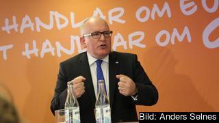 – Överleverans av politiskt resultat är det bästa sättet att återfå allmänhetens förtroende, sade  Frans Timmermans på Stockholmsbesök.