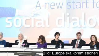 Bernadette Ségol (Europafacket), Gunilla Almgren (UEAPME), Emma Marcegaglia (BusinessEurope), Marianne Thyssen (sysselsättningskommissionär) Valdis Dombrovskis (vice ordfförande i kommissionen) och Valeria Ronzitti (CEEP).
