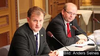 EU-nämndens ordförande Carl Schlyter (MP) och vice ordförande Eskil Erlandsson (C) vill ha större öppenhet i EU-nämnden.